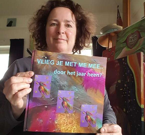 Margriet_Monks_met_prentenboek_b